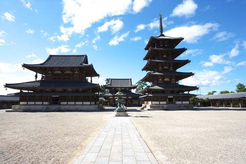 新しい寺をつくった住職たちの物語:日経ビジネス電子版
